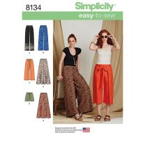 Simplicity Pattern 8134 - Easy-to-Sew Trousers & Shorts