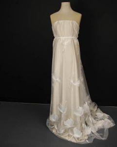 Embellished Tulle Fabric - Tulip Ivory