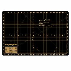 Hemline Gold - Cutting Mat 45 x 30cm