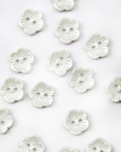 Button - Petit Fleur White - 14mm