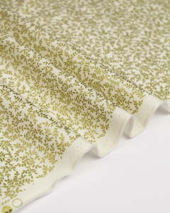 Christmas Patchwork Fabric - Golden Vines Ivory