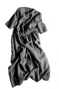 Merchant & Mills - Paper Sewing Pattern - The Ellis & Hattie Dress