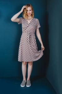 Friday Pattern Co - Paper Sewing Pattern - The Westcliff Dress