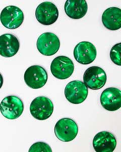Mother of Pearl Button - Emerald - 18mm